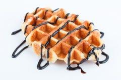 Изолированные бельгийские waffles при шоколад изолированный на белой предпосылке Стоковая Фотография RF