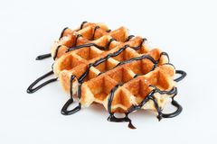 Изолированные бельгийские waffles при шоколад изолированный на белой предпосылке Стоковое Изображение RF