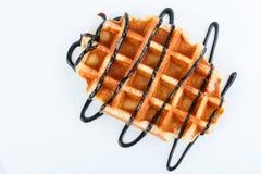 Изолированные бельгийские waffles при шоколад изолированный на белой предпосылке Стоковое Изображение