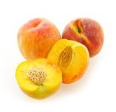 изолированные персики белые Стоковая Фотография RF