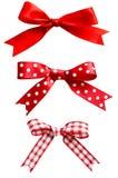 Изолированные смычки красного цвета Стоковая Фотография RF