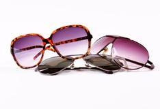 изолированные солнечные очки стоковое изображение