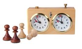 изолированные часы шахмат соединяют белизну Стоковое Изображение RF