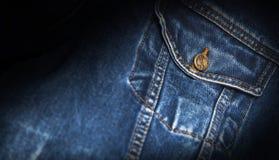 Изолированный крупный план синего пиджака карманный Стоковые Фото