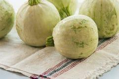 Изолированный цукини vegetable сердцевины сквоша Стоковые Фото