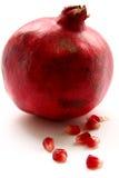 изолированный pomegranate Стоковые Изображения