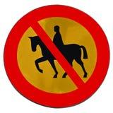 изоляция лошади отсутствие дорожного знака Стоковые Изображения RF