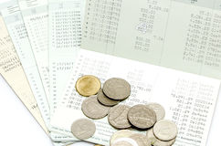 Изолированная банковская книжка на предъявителя сберегательного счета Стоковое фото RF
