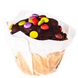Изолированная булочка покрытая шоколадом Стоковые Фото