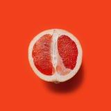 изолированная грейпфрутом белизна ломтика Стоковое Изображение RF