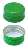 Изолированная зеленая крышка бутылки металла обе стороны Стоковые Изображения