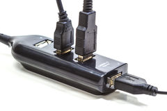 изолированная кабелем белизна usb Стоковые Изображения