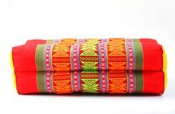 Изолированная подушка прямоугольника стиля традиции родная тайская Стоковые Фотографии RF