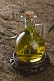 изолированная предпосылкой белизна rosemary масла прованская Стоковая Фотография RF
