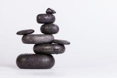 изолированная принципиальная схема 3d представляет камни спы белой Стоковая Фотография RF