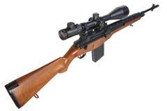 Изолированная снайперская винтовка M14 Стоковая Фотография