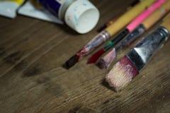 изолированная щеткой белизна краски Стоковые Фото