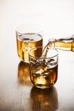 изолированная льдом белизна чая Стоковое Изображение