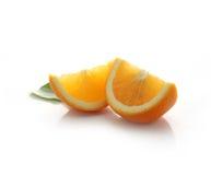 2 изолированного куска апельсина Стоковое Фото