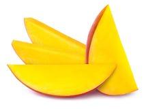 4 изолированного куска манго Стоковые Изображения