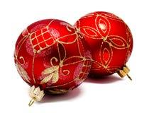 2 изолированного шарика рождества perfec красных Стоковое Фото