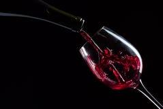 изолированное вино waite om красное Стоковые Изображения