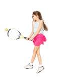 Изолированное фото милой девушки лежа на поле и играя теннис Стоковые Изображения RF