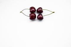 2 изолированной вишни пар сладостных, космос экземпляра Стоковая Фотография