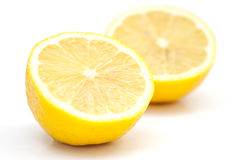 2 изолированной половины лимона Стоковые Фото