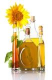 Изолированные бутылки и солнцецвет масла Стоковое Изображение
