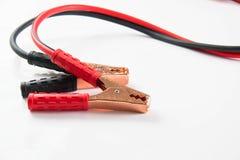 изолированные кабели батареи Стоковые Изображения