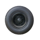 Изолированные колесо и автошина тележки Стоковое фото RF