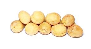 Изолированные свежие фрукты абрикоса Стоковое фото RF