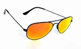 изолированные стекла греют на солнце белизна Стоковые Изображения RF