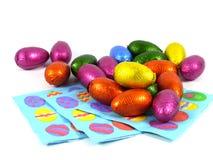 Изолированные яичка шоколада на салфетках Стоковые Изображения RF