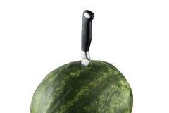Изолированный арбуз Riped с ножом и белой предпосылкой Стоковые Фотографии RF