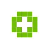 Изолированный зеленым цветом логотип креста мозаики Элемент плитки религиозный знак медицинский символ Эмблема машины скорой помо Стоковые Фотографии RF