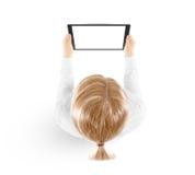 Изолированный модель-макет ПК таблетки владением женщины в взгляд сверху руки Стоковое Изображение RF