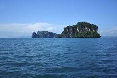 изолированный остров Стоковые Изображения