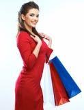 Изолированный портрет женщины покупок Хозяйственные сумки белое backgrou Стоковые Изображения RF