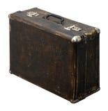 Изолированный поцарапанный винтажный чемодан Брайна на белой предпосылке Стоковая Фотография