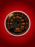Изолированный спидометр показывает настоящую скорость 232 километров ho Стоковое Изображение RF