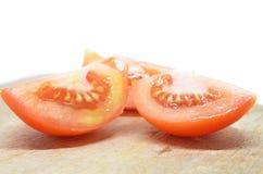 Изолированный томат куска красный Стоковые Фото