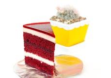 Изолированный торт клубники на белизне Стоковые Изображения