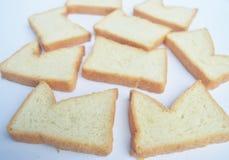 изолированный хлеб отрезанным стоковое фото