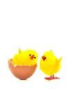 Яичко с цыплятами игрушки Стоковая Фотография RF