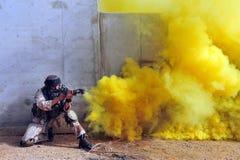 Израильские воины во время тренировки урбанской войны Стоковые Изображения