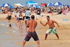 Израильская игра Matkot людей Стоковое фото RF