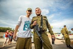 2 израильских солдата представляя к фото Стоковые Изображения RF