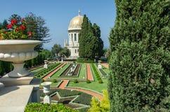 Израиль haifa bahai садовничает haifa Взгляд террасы и города Хайфы Стоковая Фотография